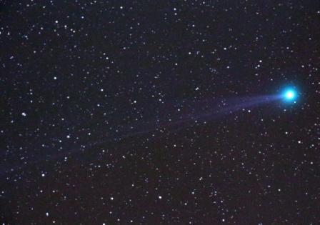 Comet C/2014 Q2 Lovejoy photographed on January 19, 2015 from Ørsta, Norway. Photo details: Borg 71FL (F/3.9), Canon EOS 650D, Unitec Swat-200 mount