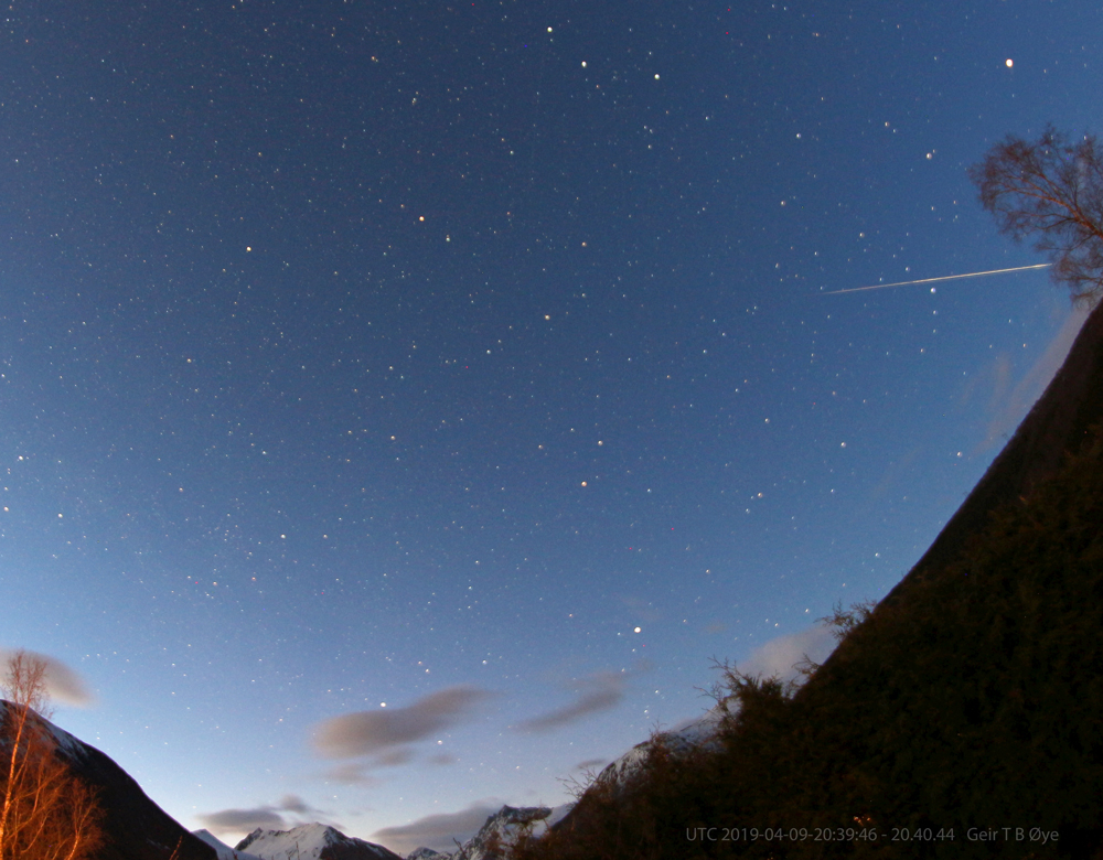 Bright meteor photographed on a gradually brighter spring evening. Photo details: Canon 650D, Samyang 8 mm fisheye-lens, Iso: 800, exposure: 58.2 seconds.