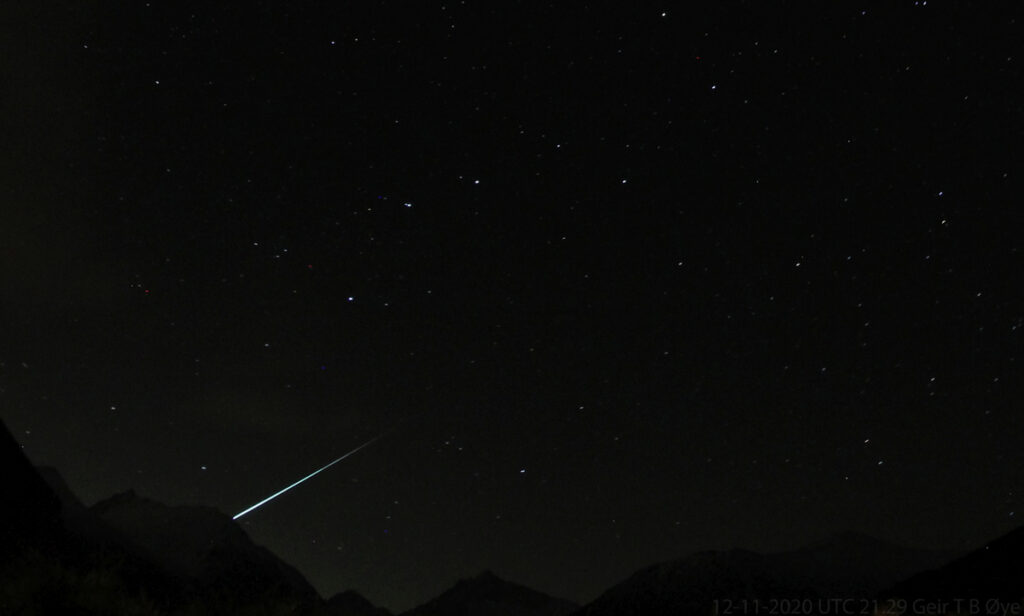 This fireball (most likely a Geminid) appeared on December 11,2020 at about 21.29 UTC. Please, see image below for a wider sky view. Photo details: Canon 1300D, Vivitar 8 mm fisheye-lens, ISO: 1600, exposure: 58 seconds.